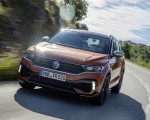 2019 Volkswagen T-Roc R Front Three-Quarter Wallpapers 150x120 (47)
