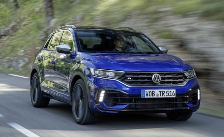 2019 Volkswagen T-Roc R Front Three-Quarter Wallpapers 450x275 (13)