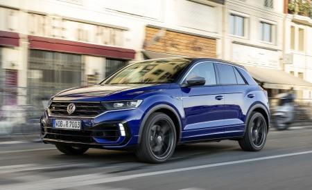 2019 Volkswagen T-Roc R Front Three-Quarter Wallpapers 450x275 (125)