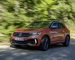 2019 Volkswagen T-Roc R Front Three-Quarter Wallpapers 150x120 (48)