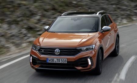 2019 Volkswagen T-Roc R Front Wallpapers 450x275 (59)