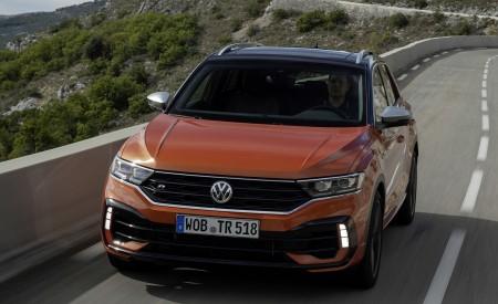 2019 Volkswagen T-Roc R Front Wallpapers 450x275 (60)