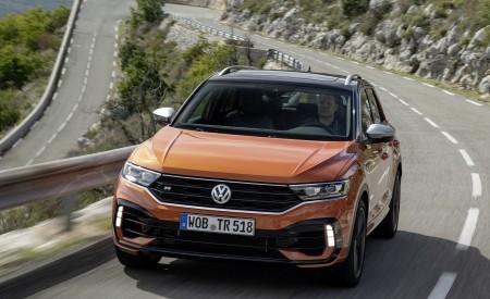 2019 Volkswagen T-Roc R Front Wallpapers 450x275 (50)
