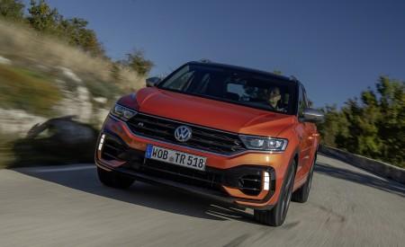 2019 Volkswagen T-Roc R Front Wallpapers 450x275 (62)