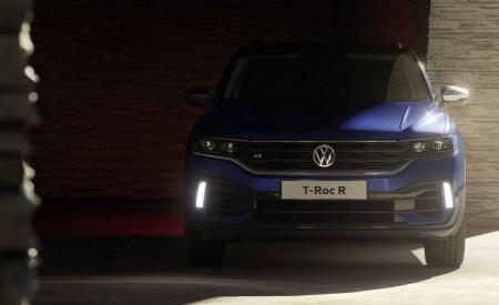 2019 Volkswagen T-Roc R Front Wallpapers 450x275 (147)