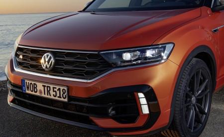 2019 Volkswagen T-Roc R Front Wallpapers 450x275 (84)