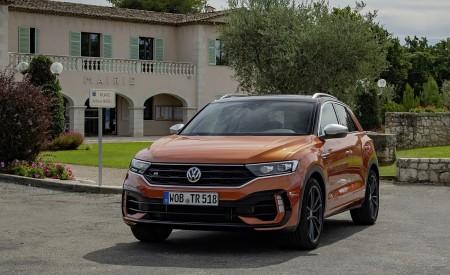 2019 Volkswagen T-Roc R Front Wallpapers 450x275 (72)