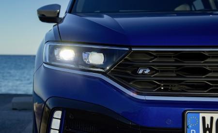 2019 Volkswagen T-Roc R Headlight Wallpapers 450x275 (34)
