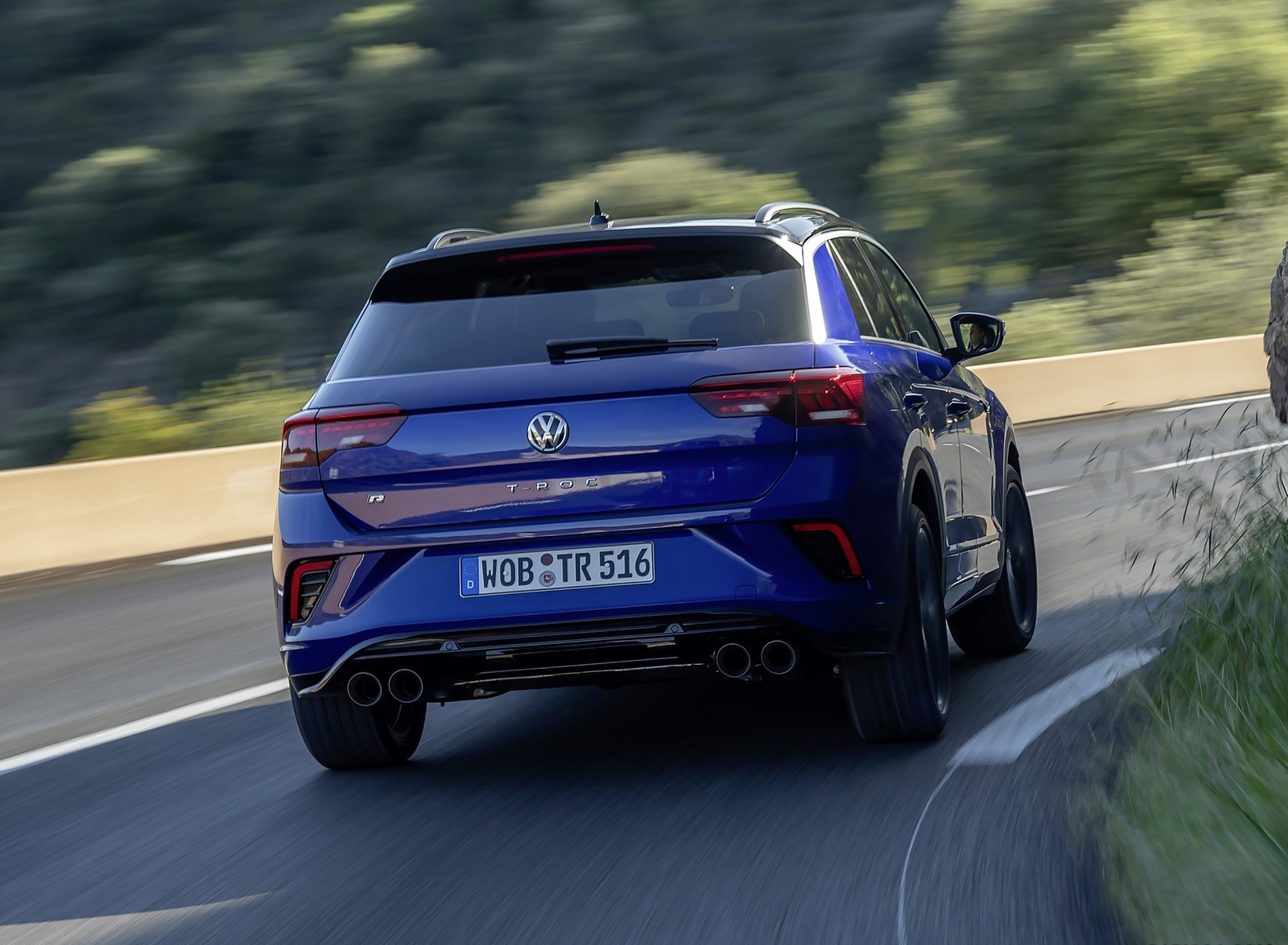 2019 Volkswagen T-Roc R Rear Wallpapers (8)