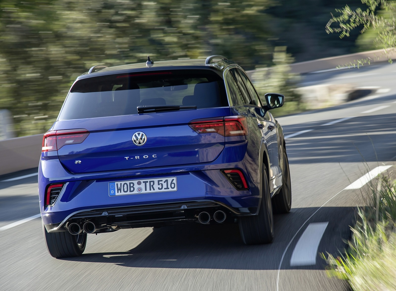 2019 Volkswagen T-Roc R Rear Wallpapers (9)