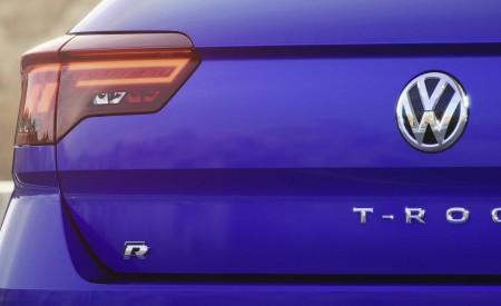2019 Volkswagen T-Roc R Tail Light Wallpapers 450x275 (157)