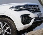 2019 Volkswagen Touareg V6 TDI R-Line (UK-Spec) Detail Wallpapers 150x120