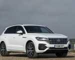 2019 Volkswagen Touareg V6 TDI R-Line (UK-Spec) Front Three-Quarter Wallpapers 150x120