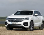 2019 Volkswagen Touareg V6 TDI R-Line (UK-Spec) Front Three-Quarter Wallpapers 150x120 (6)