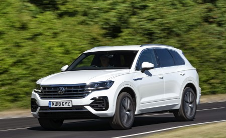 2019 Volkswagen Touareg (UK-Spec) Wallpapers