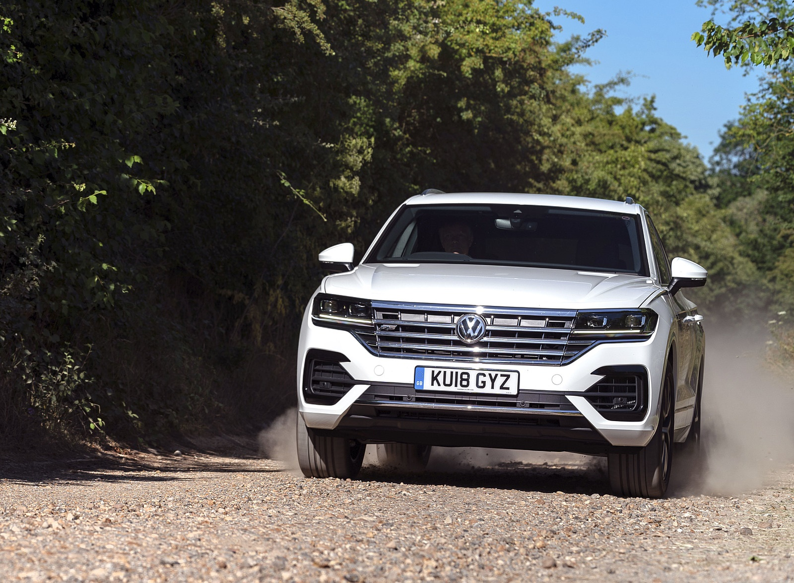 2019 Volkswagen Touareg V6 TDI R-Line (UK-Spec) Front Wallpapers (7)