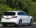 2019 Volkswagen Touareg V6 TDI R-Line (UK-Spec) Rear Three-Quarter Wallpaper 150x120