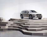 2019 Volvo V60 Cross Country Front Three-Quarter Wallpapers 150x120 (21)