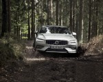 2019 Volvo V60 Cross Country Front Wallpapers 150x120 (8)