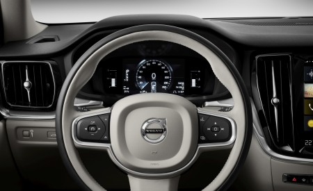 2019 Volvo V60 Cross Country Interior Steering Wheel Wallpaper 450x275 (23)