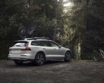 2019 Volvo V60 Cross Country Rear Three-Quarter Wallpapers 150x120 (4)