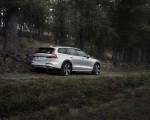 2019 Volvo V60 Cross Country Rear Three-Quarter Wallpapers 150x120 (9)