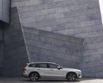 2019 Volvo V60 Cross Country Side Wallpapers 150x120 (12)