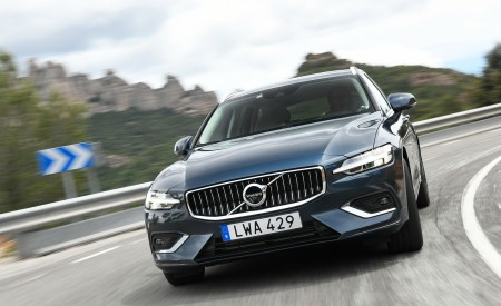 2019 Volvo V60 And V60 Plug-In Hybrid Wallpapers HD