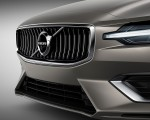 2019 Volvo V60 Grill Wallpaper 150x120 (43)