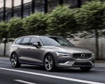 2019 Volvo V60 T6 AWD Inscription (Color: Pebble Grey Metallic) Front Three-Quarter Wallpaper 150x120 (29)