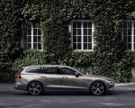 2019 Volvo V60 T6 AWD Inscription (Color: Pebble Grey Metallic) Side Wallpaper 150x120 (40)