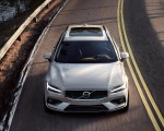 2019 Volvo V60 T6 AWD Momentum (Color: Birch Light Metallic) Front Wallpaper 150x120 (22)