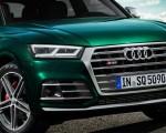 2020 Audi SQ5 TDI (Color: Azores Green Metallic) Front Bumper Wallpapers 150x120 (14)