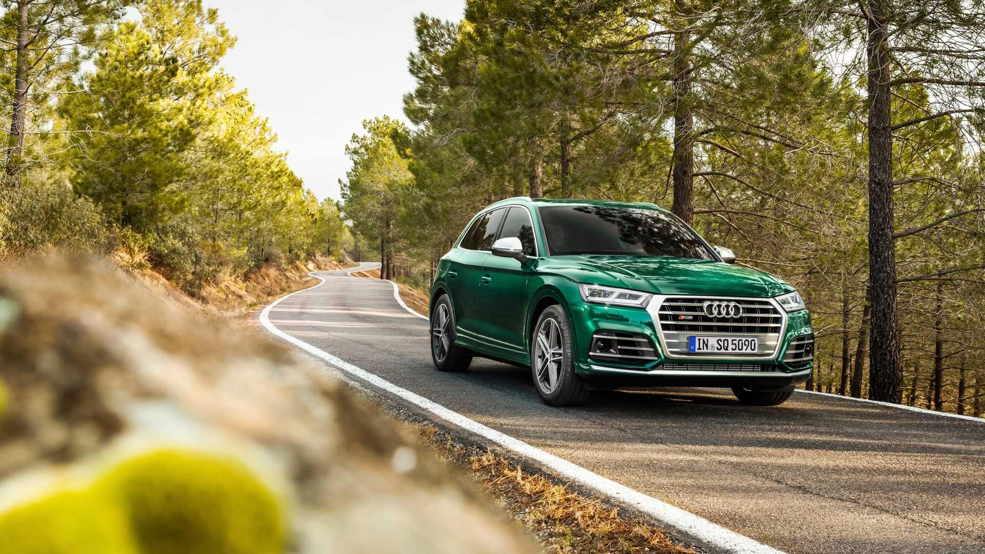 2020 Audi SQ5 TDI (Color: Azores Green Metallic) Front Three-Quarter Wallpapers (1)