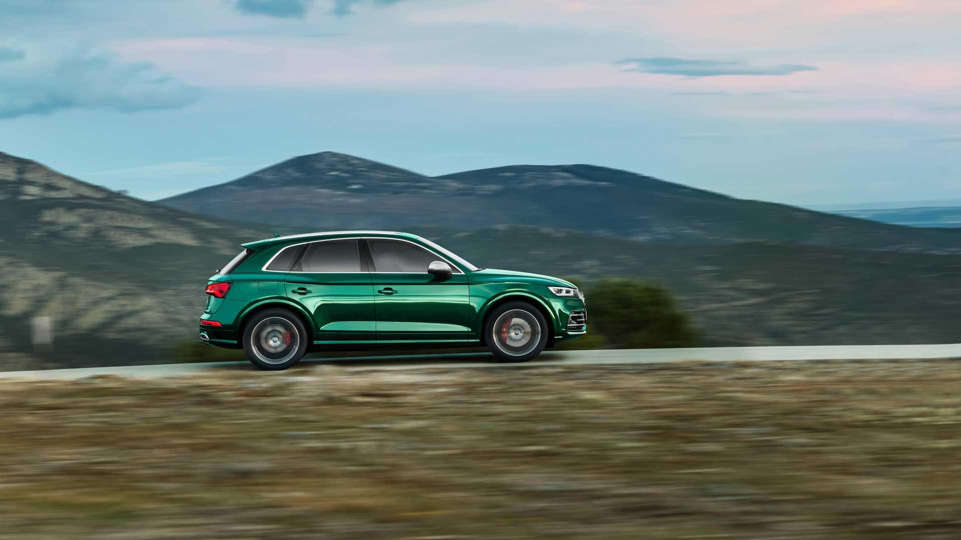 2020 Audi SQ5 TDI (Color: Azores Green Metallic) Side Wallpapers (6)