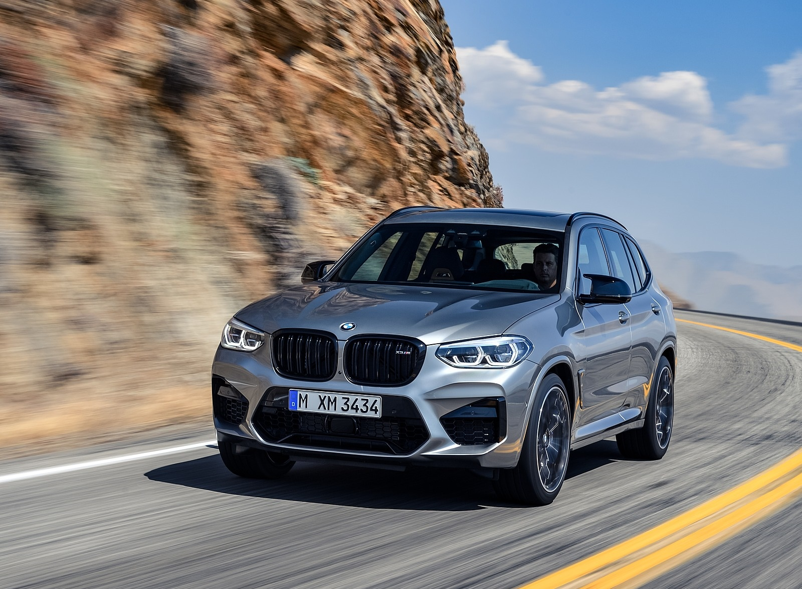 2020 BMW X3 M Competition Front Three-Quarter Wallpaper (14)