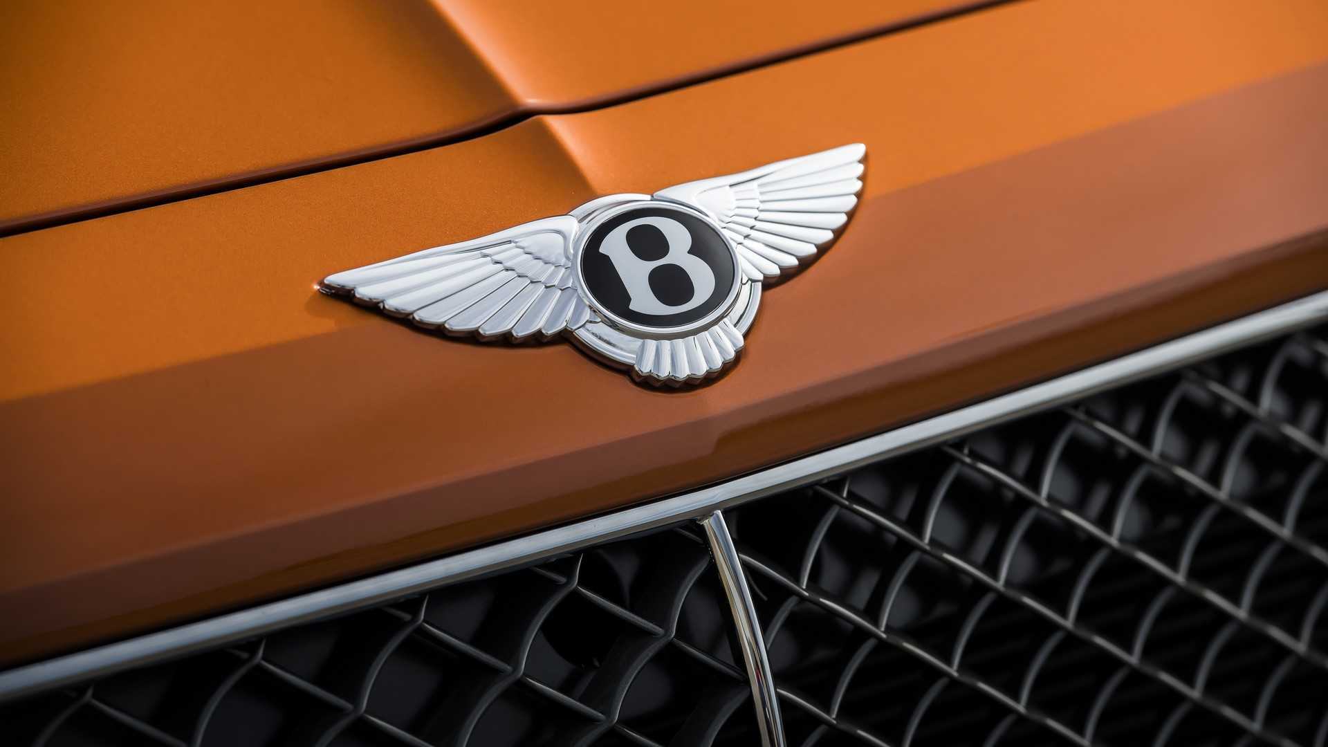 2020 Bentley Bentayga Speed Badge Wallpapers (10)