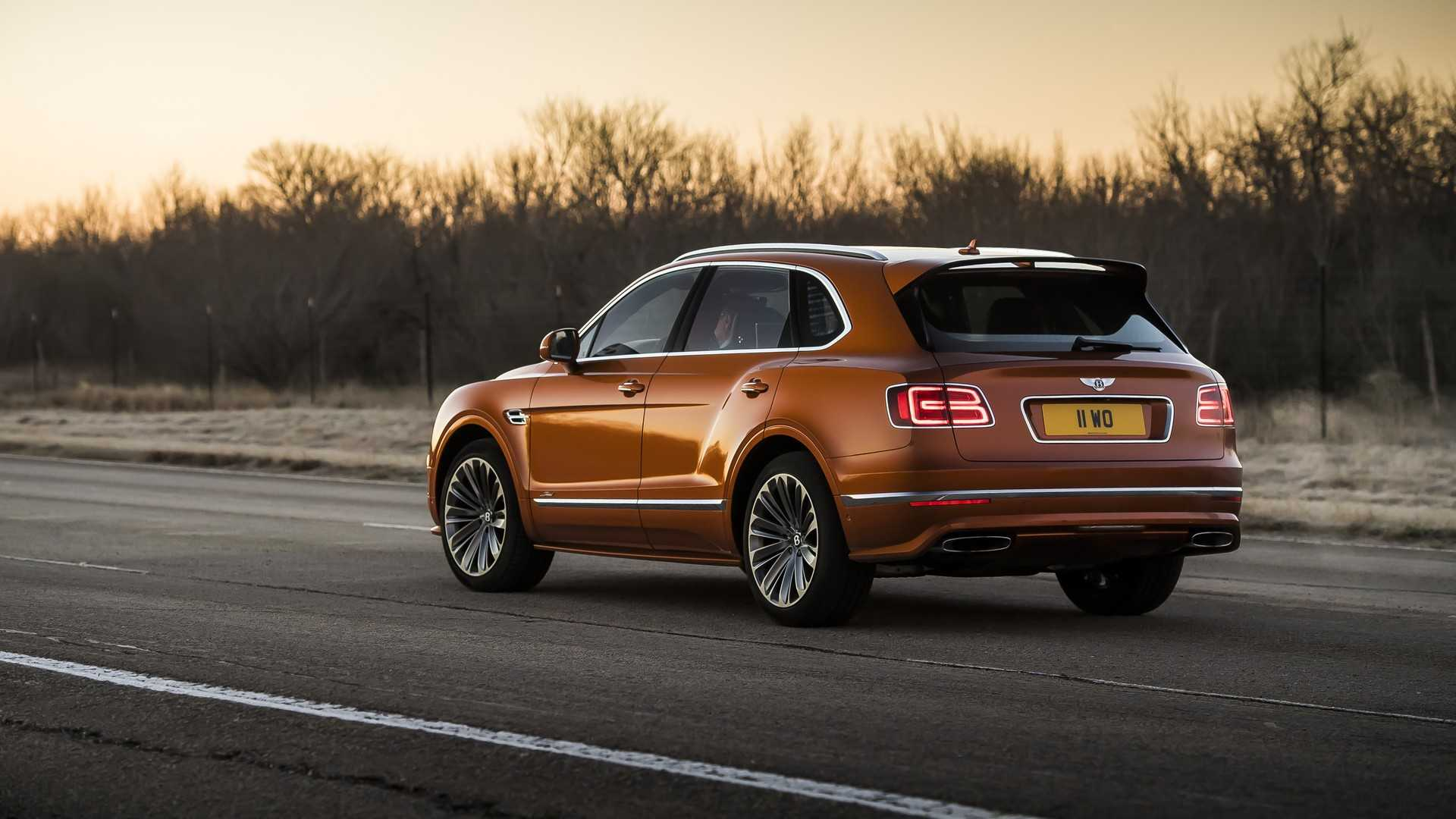 2020 Bentley Bentayga Speed Rear Three-Quarter Wallpapers (6)