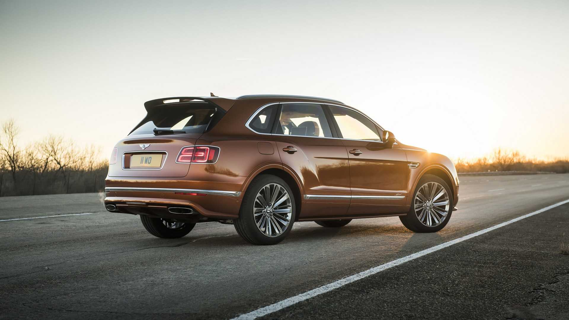 2020 Bentley Bentayga Speed Rear Three-Quarter Wallpapers (3)