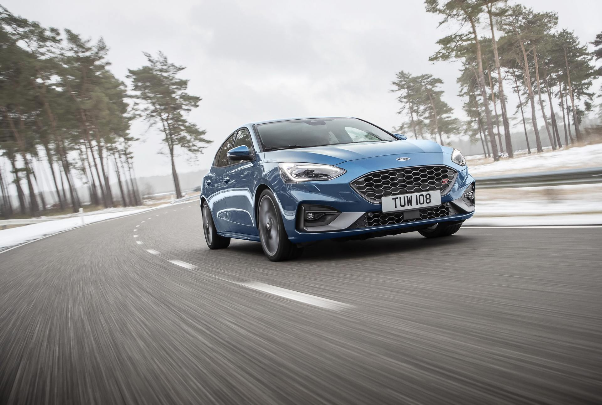 2020 Ford Focus ST Front Three-Quarter Wallpapers (3)