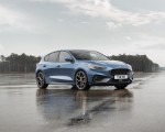 2020 Ford Focus ST Front Three-Quarter Wallpapers 150x120 (7)