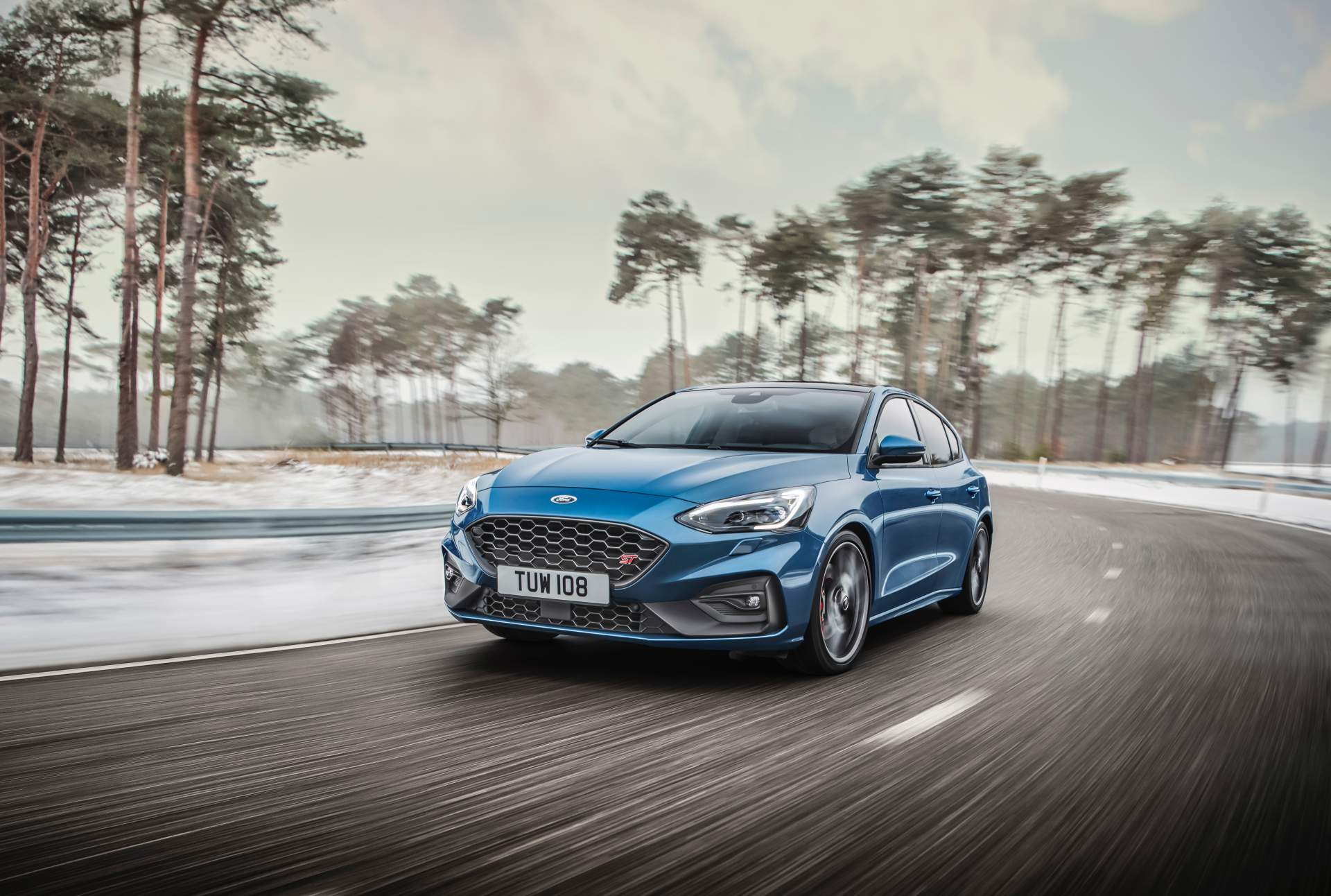 2020 Ford Focus ST Front Three-Quarter Wallpapers (1)