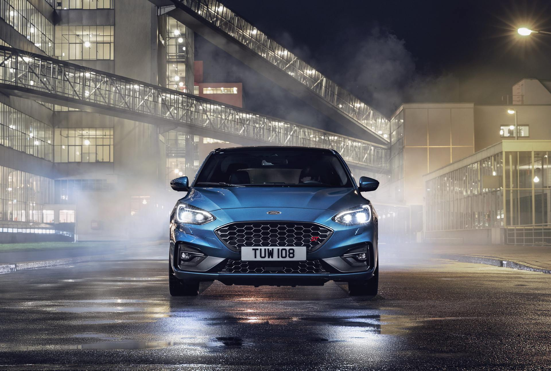 2020 Ford Focus ST Front Wallpaper (12)