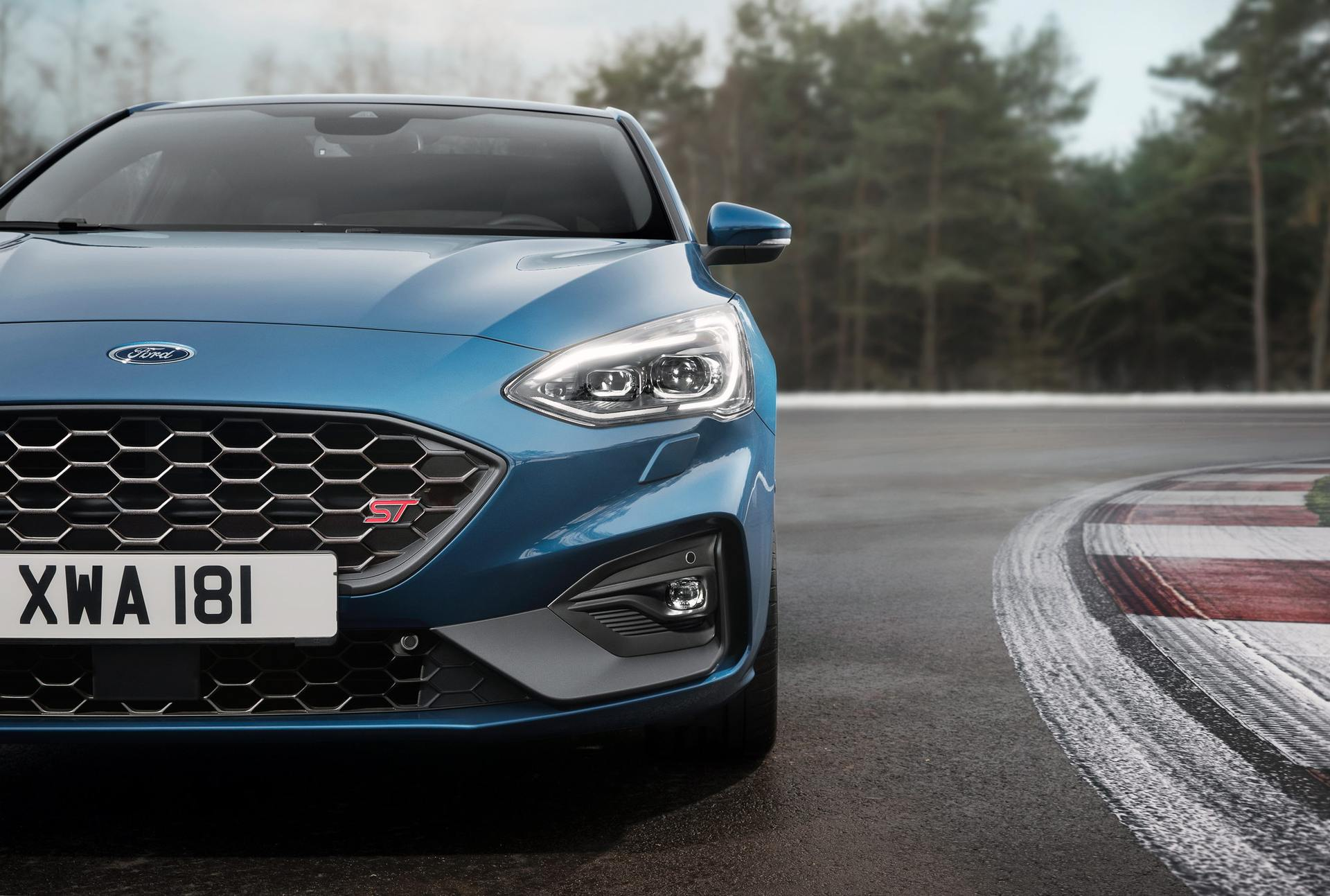 2020 Ford Focus ST Front Wallpapers (6)