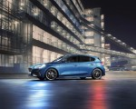 2020 Ford Focus ST Side Wallpapers 150x120 (16)