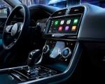2020 Jaguar XE Central Console Wallpaper 150x120 (33)