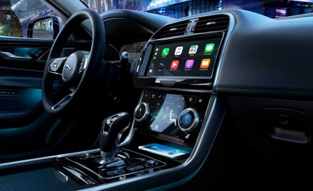 2020 Jaguar XE Central Console Wallpapers 450x275 (120)