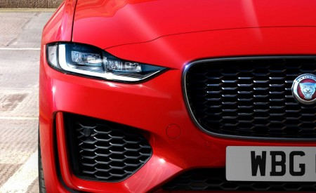 2020 Jaguar XE Front Bumper Wallpapers 450x275 (97)
