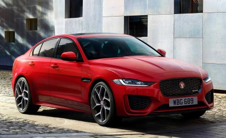 2020 Jaguar XE Front Three-Quarter Wallpapers 450x275 (91)