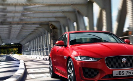 2020 Jaguar XE Front Wallpapers 450x275 (93)